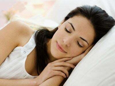 Utilize técnicas de relaxamento e acabe com insônia e pensamentos acelerados. Bons sonhos!