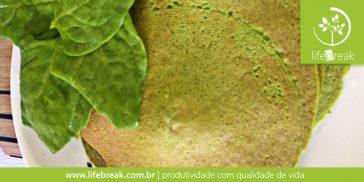 Panqueca funcional de espinafre e quinua